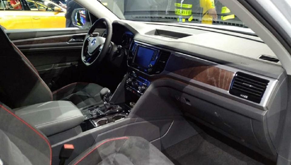 Внедорожник Volkswagen Teramont получил спецверсию для китайского рынка