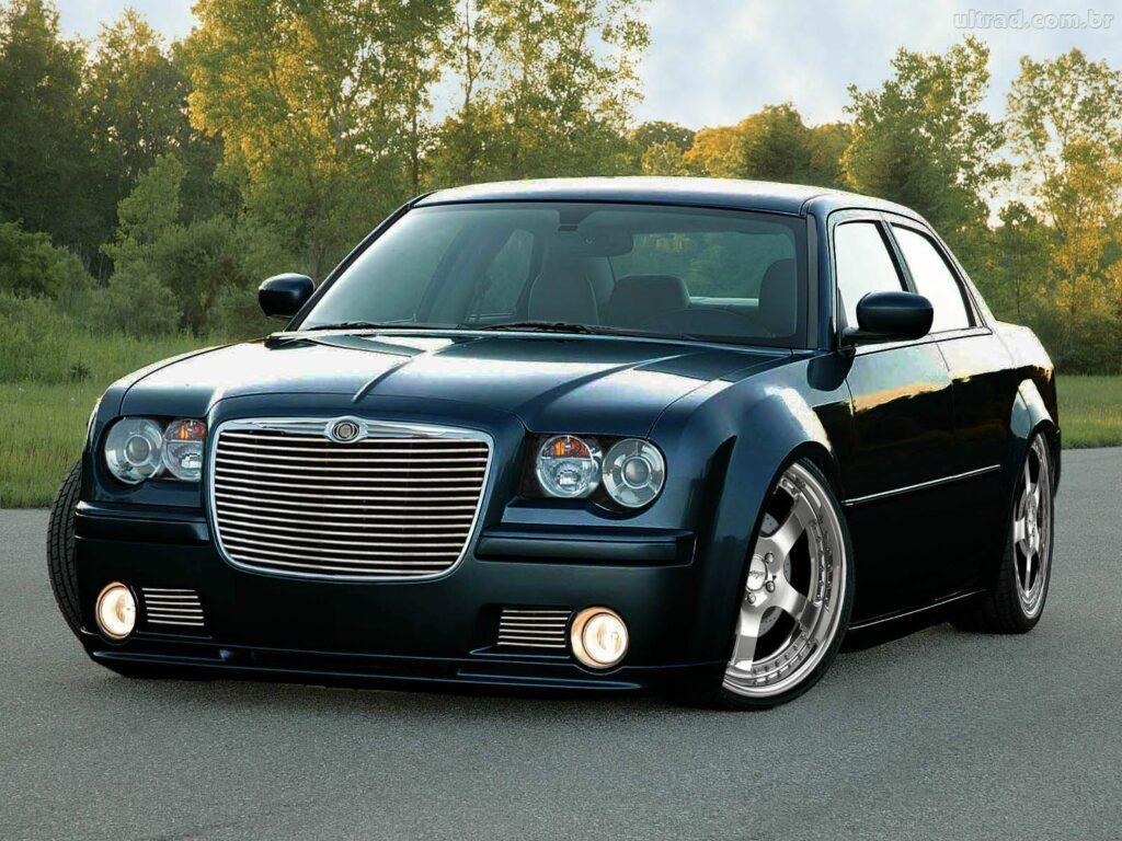 Назвали три недорогих автомобиля, которые выглядят роскошно