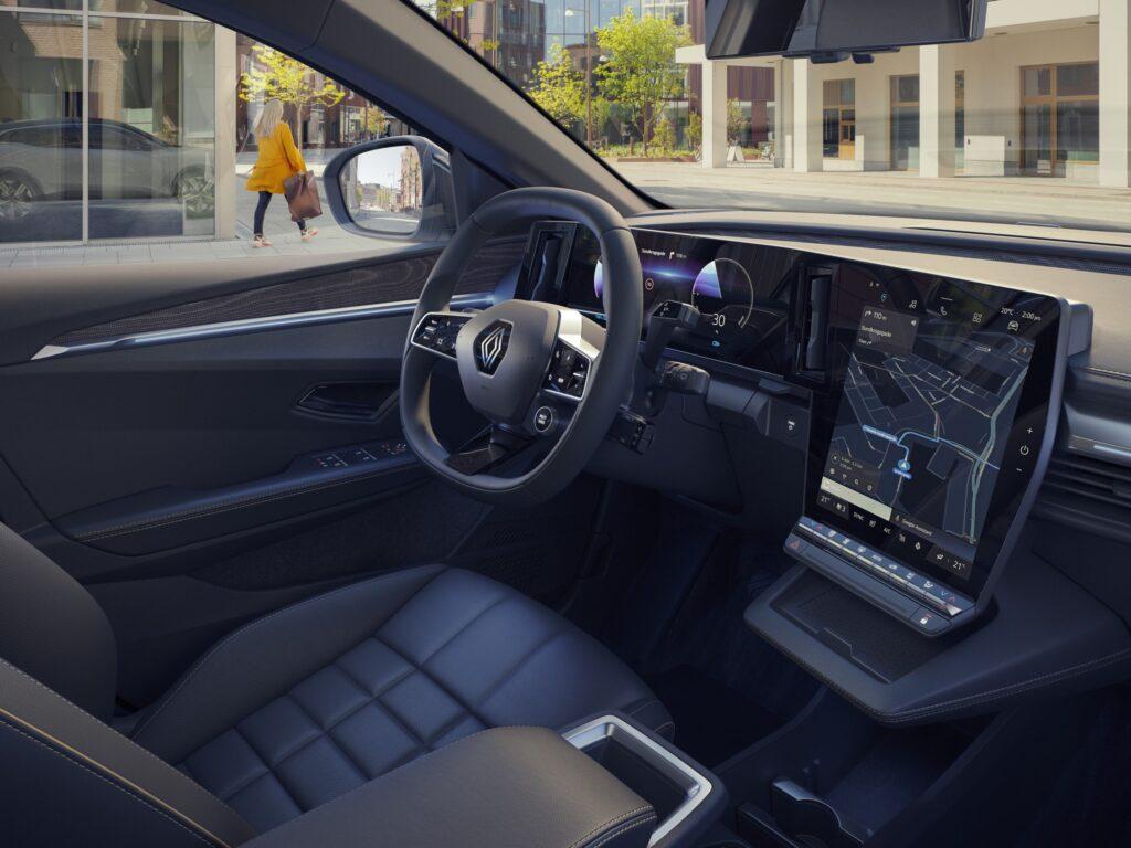 Renault представила товарную версию кроссовера Megane E-Tech