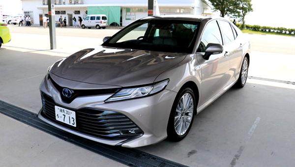 Бизнес-седан Toyota Camry 2018 поступит в продажу в ноябре