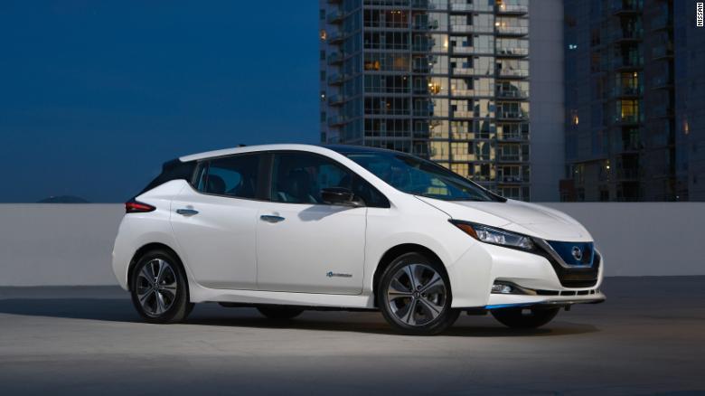 Электрокар Nissan Leaf установил рекорд по продажам