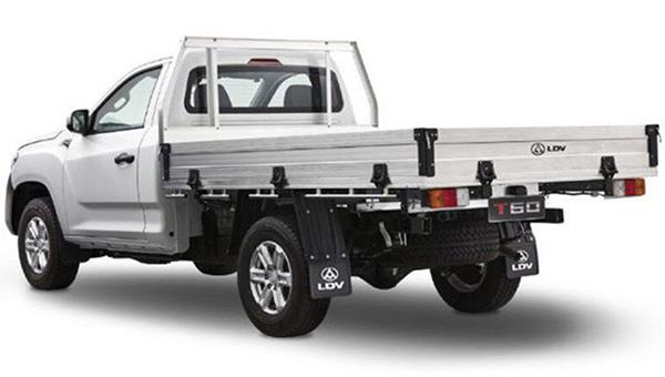 SAIC представил новую бюджетную версию пикапа Maxus T60