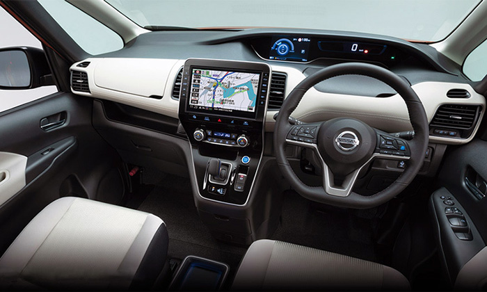 Nissan представил обновлённую Nissan Serena