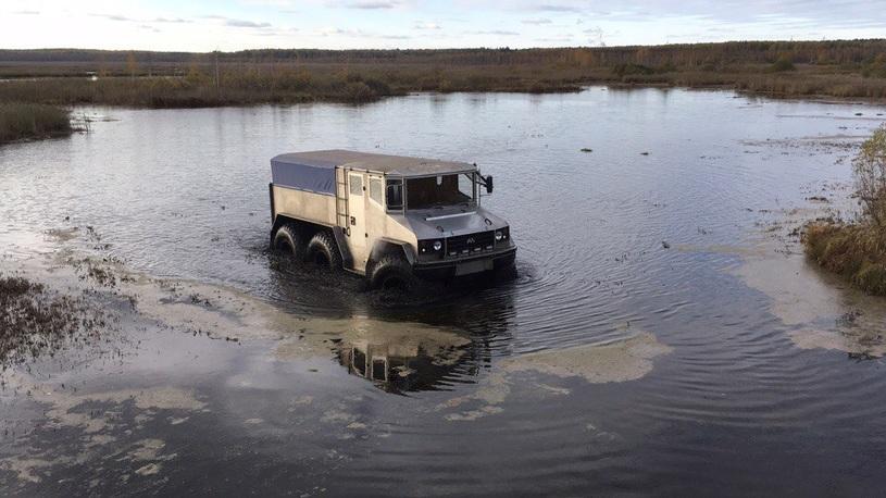 «Бурлак» в Екатеринбурге: арктический вездеход прошел новые испытания