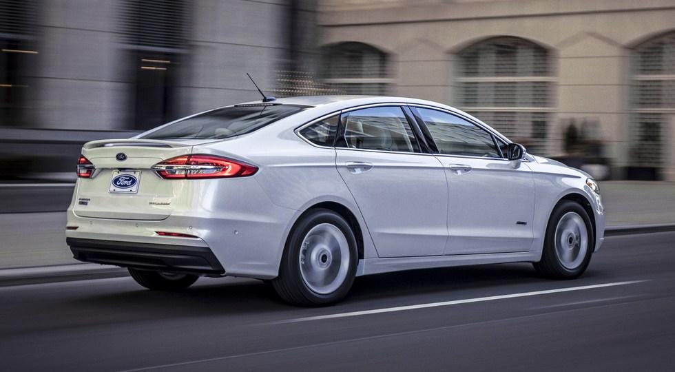 Седан Ford Fusion пережил очередное обновление