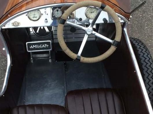 Названы самые интересные автомобили аукциона Морриса Лесли