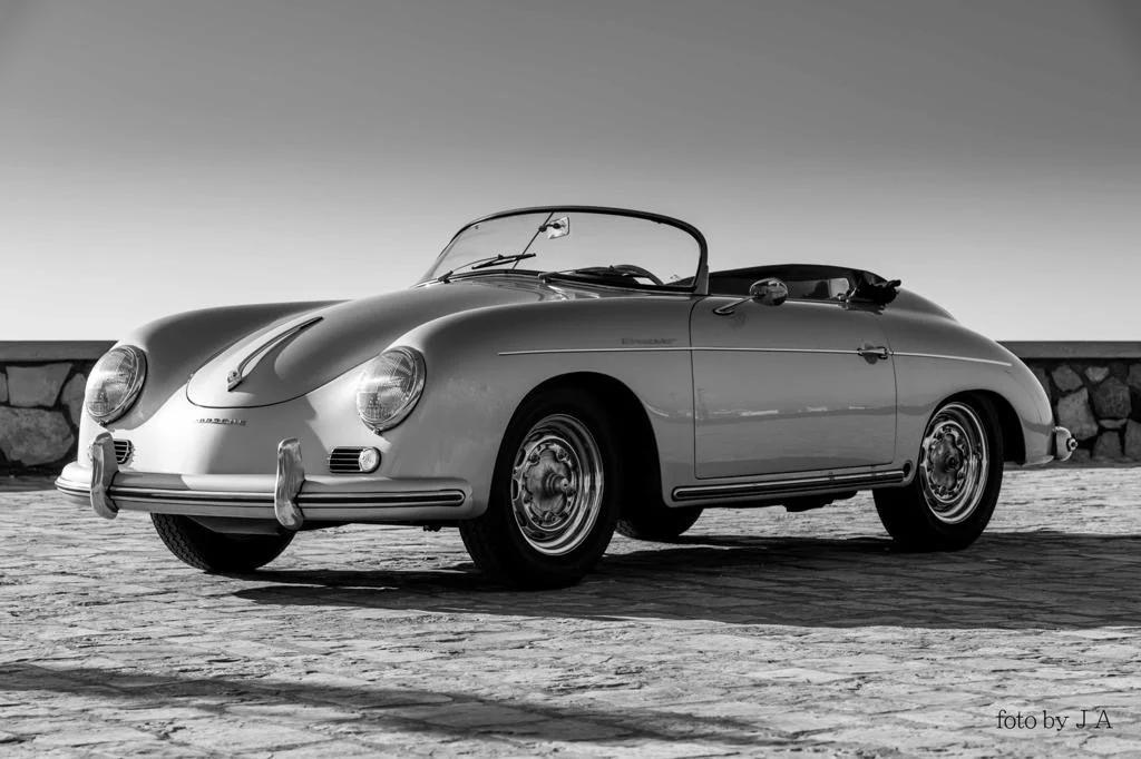 В Москве продают новый 65-летний Porsche 356 Speedster за 59,6 млн рублей