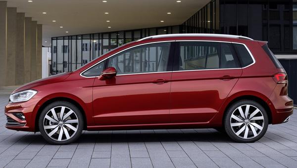 Озвучены цены на обновленный минивэн Volkswagen Golf Sportsvan