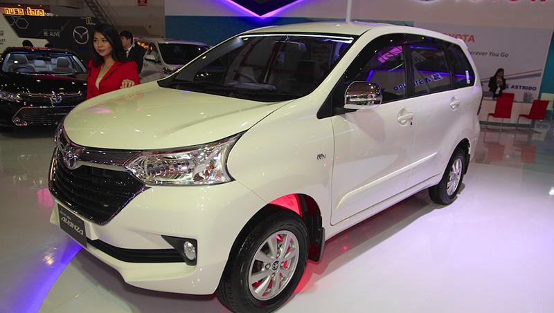 Обновленный минивэн Toyota Avanza 2019 вызвал ажиотажный спрос