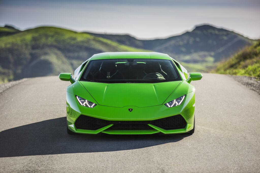 Новый суперкар Lamborghini Huracan получит управляемые задние колёса