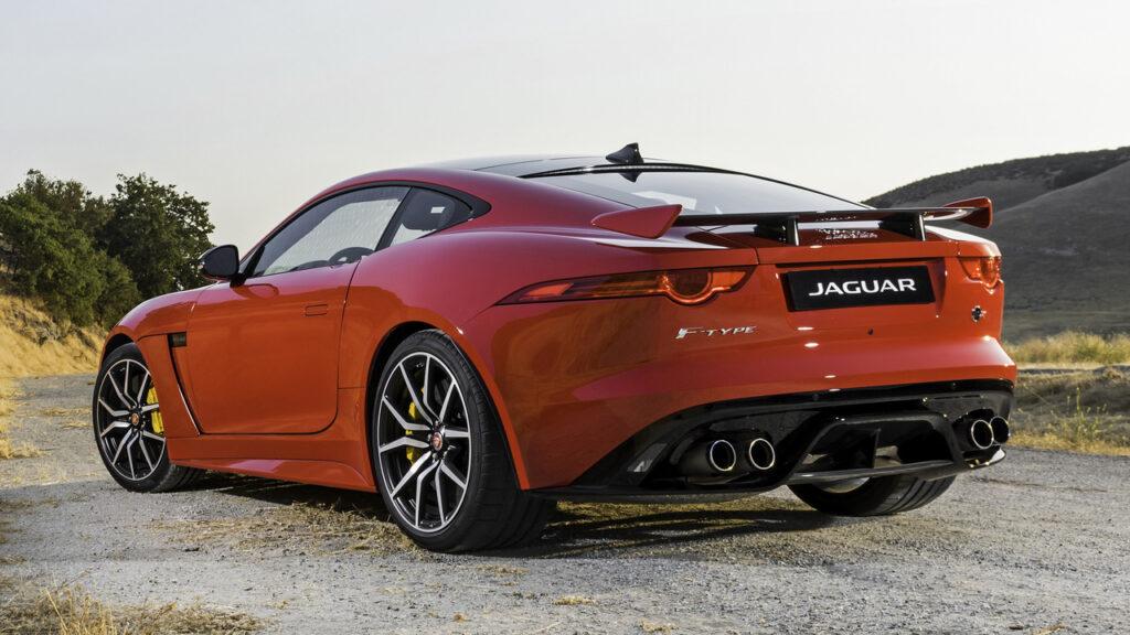 Спорткар Jaguar F-Type может получить двигатель от BMW