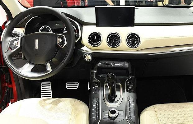 Новый роскошный кроссовер WEY VV6 появится на рынке в августе