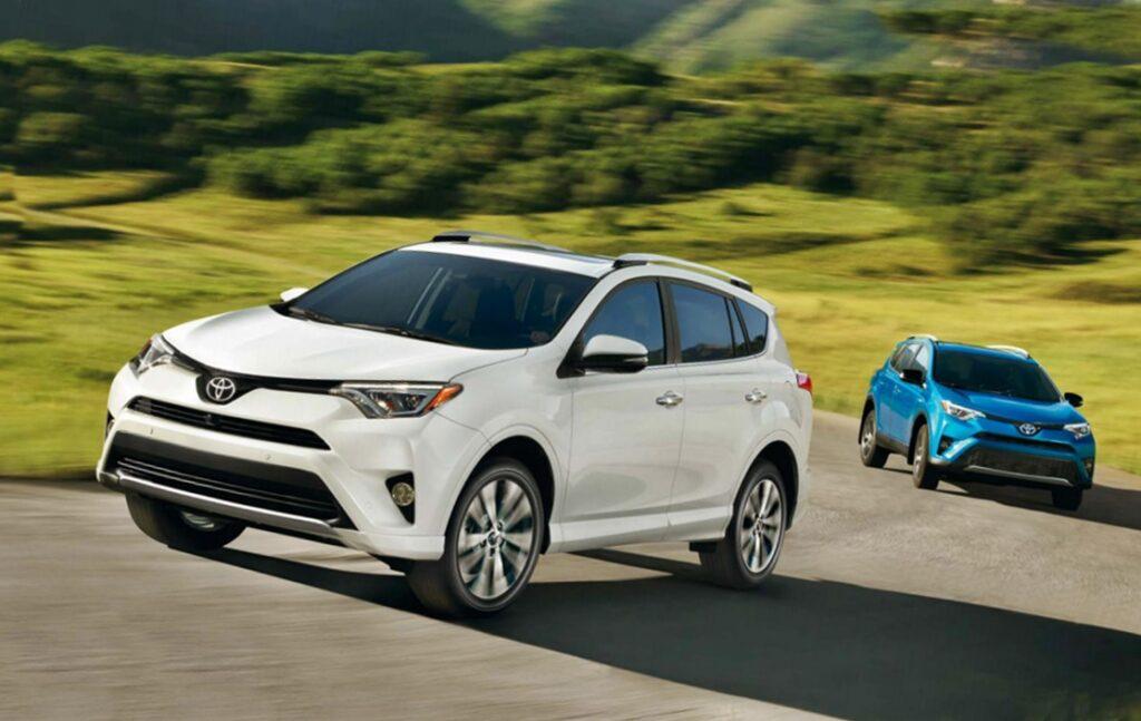 Toyota RAV4 стала мировым лидером по продажам в сегменте SUV