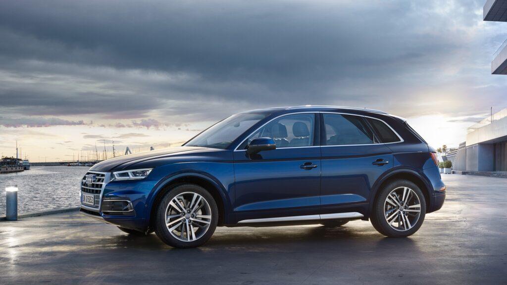 Audi отзывает в России 486 кроссоверов Audi Q5