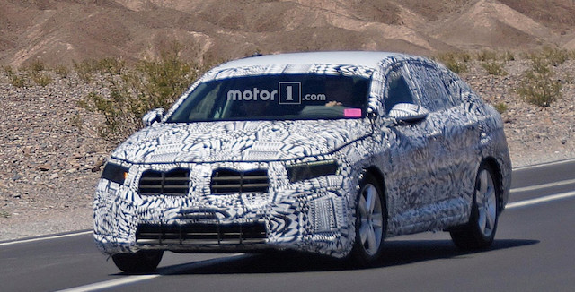 Появились первые шпионские снимки нового Volkswagen Jetta GLI