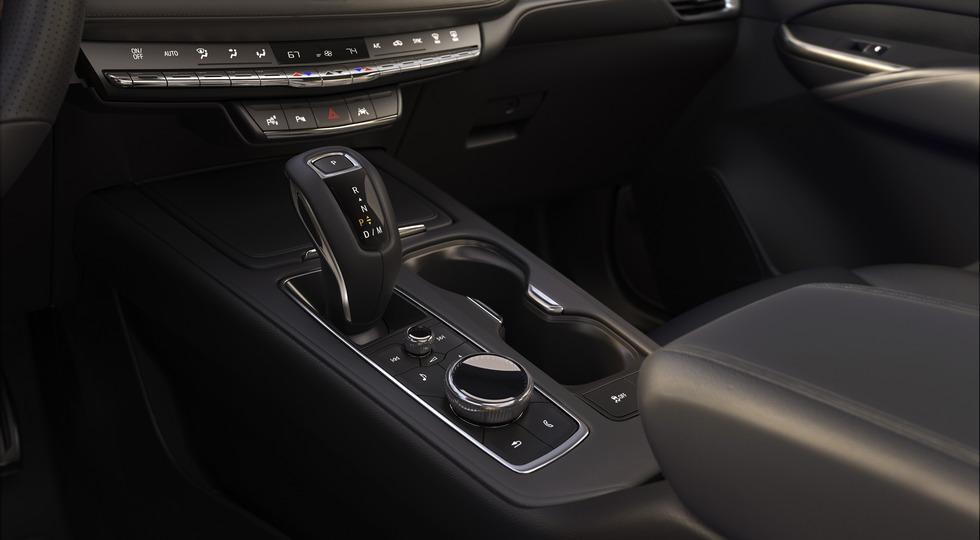 Cadillac представила новый кроссовер Cadillac XT4