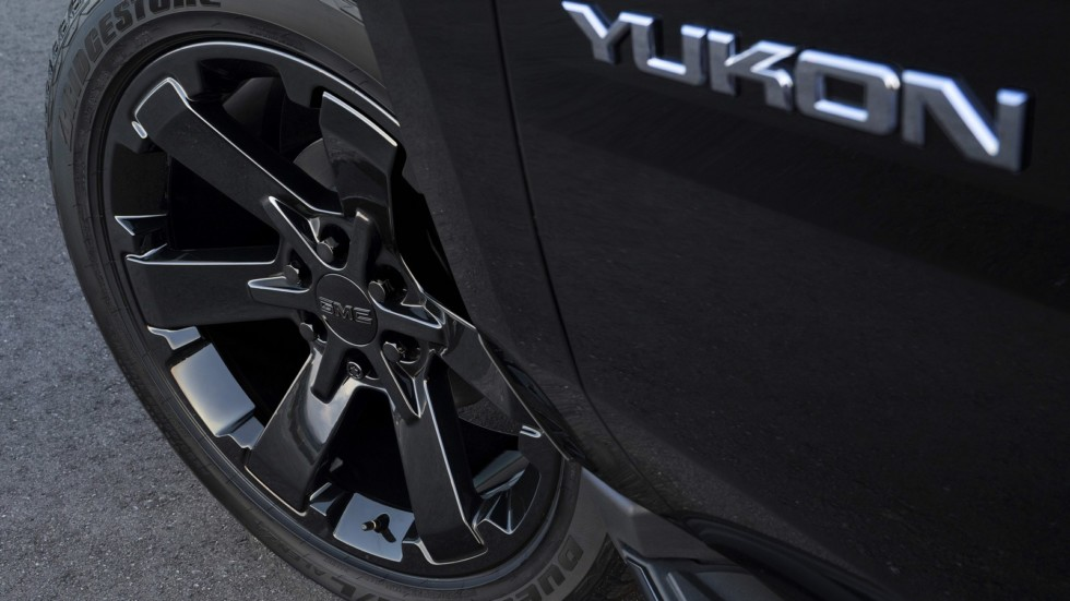 GMC Yukon 2019 получил новую версию Yukon Graphite Edition