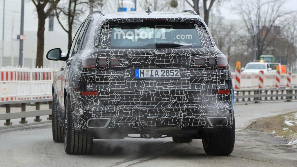 BMW вывела на финальные тесты BMW X5 нового поколения