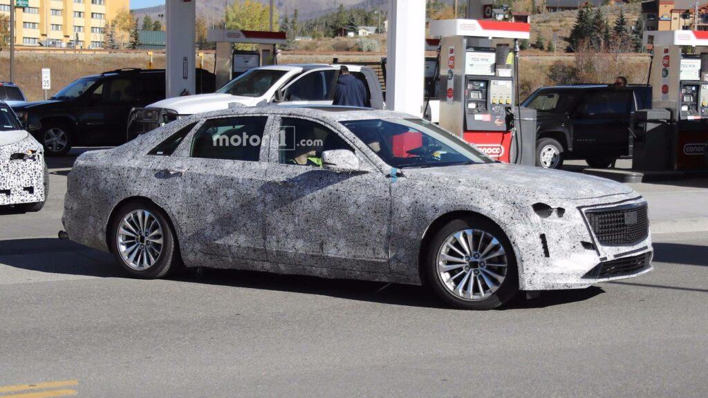 Седан Cadillac CT6 2018 модельного года заметили на дорожных тестах