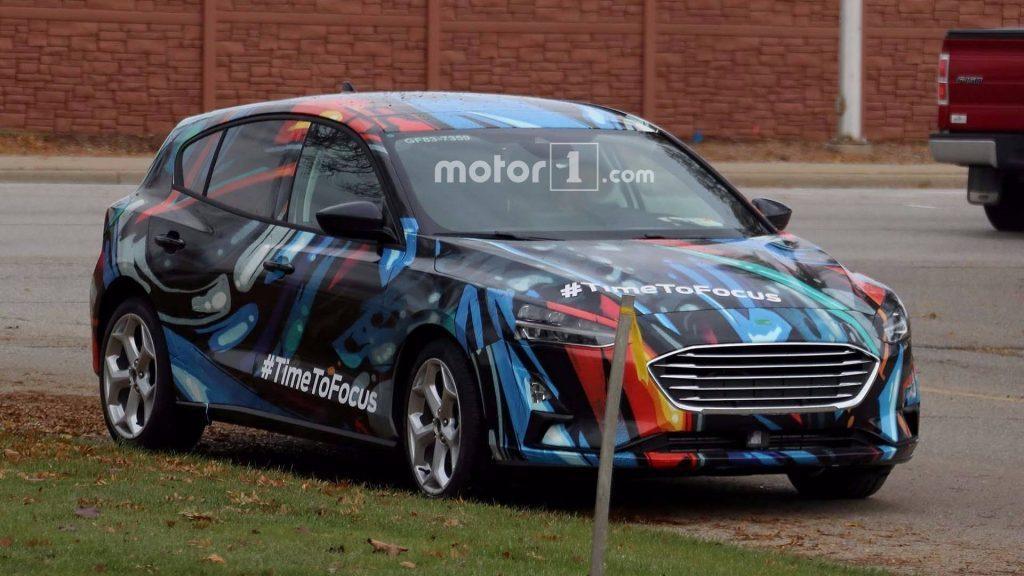 Премьера хэтчбека Ford Focus нового поколения состоится в апреле