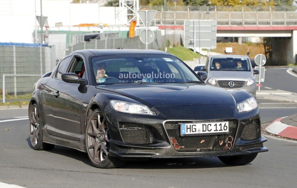Mazda начала дорожные тесты нового купе Mazda RX-9