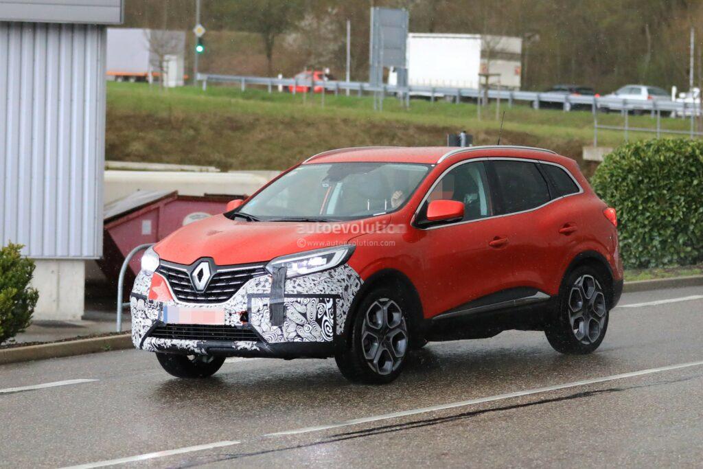 Renault представит обновленный кроссовер Renault Kadjar в начале 2019 года