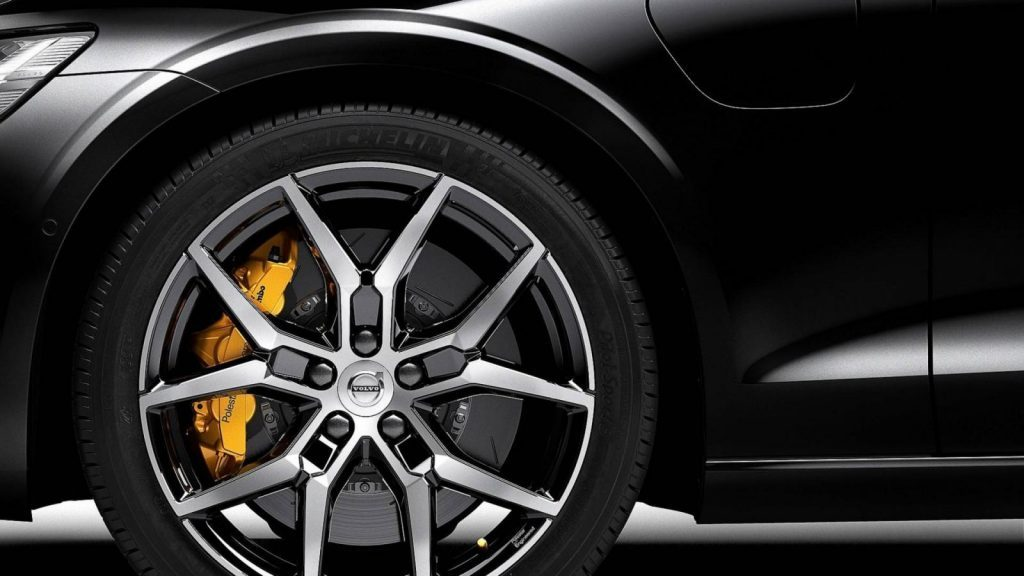 Седан Volvo S60 T8 Polestar Engineered распродали за 39 минут