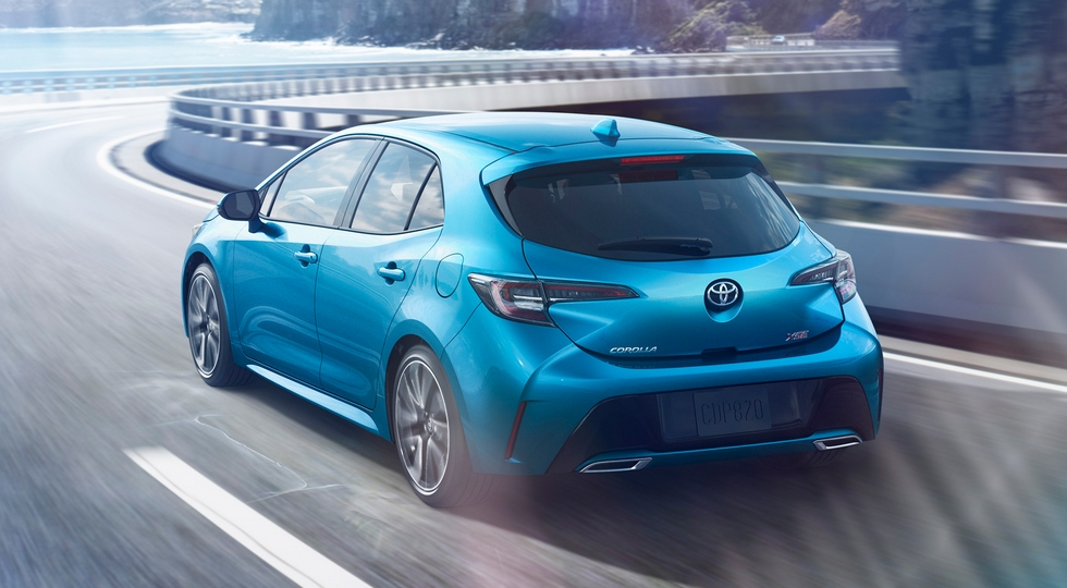 Toyota представила новое поколение хэтчбека Toyota Corolla