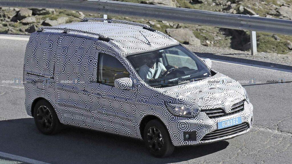 Renault Dokker нового поколения вывели на тесты