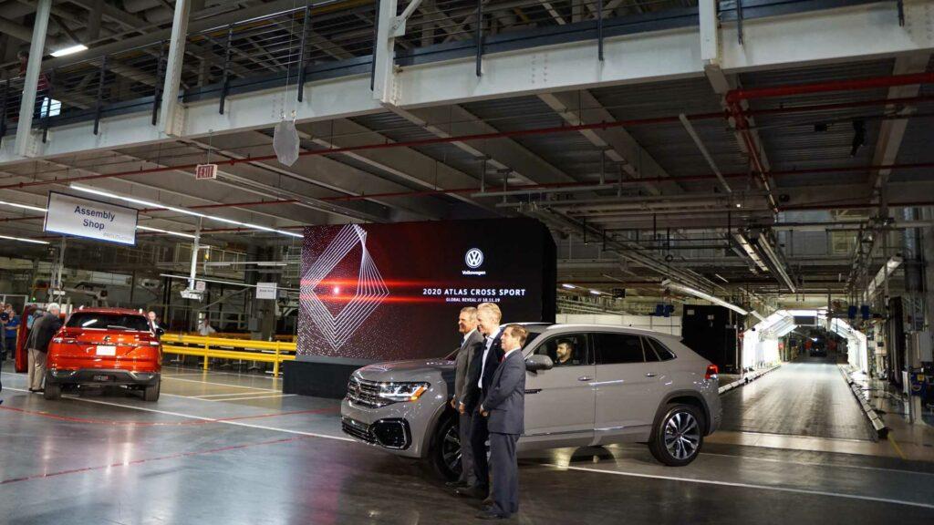 Кроссовер Volkswagen Teramont получил купеобразный кузов