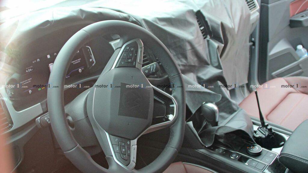 Опубликованы первые фото салона кросс-купе Volkswagen Teramont