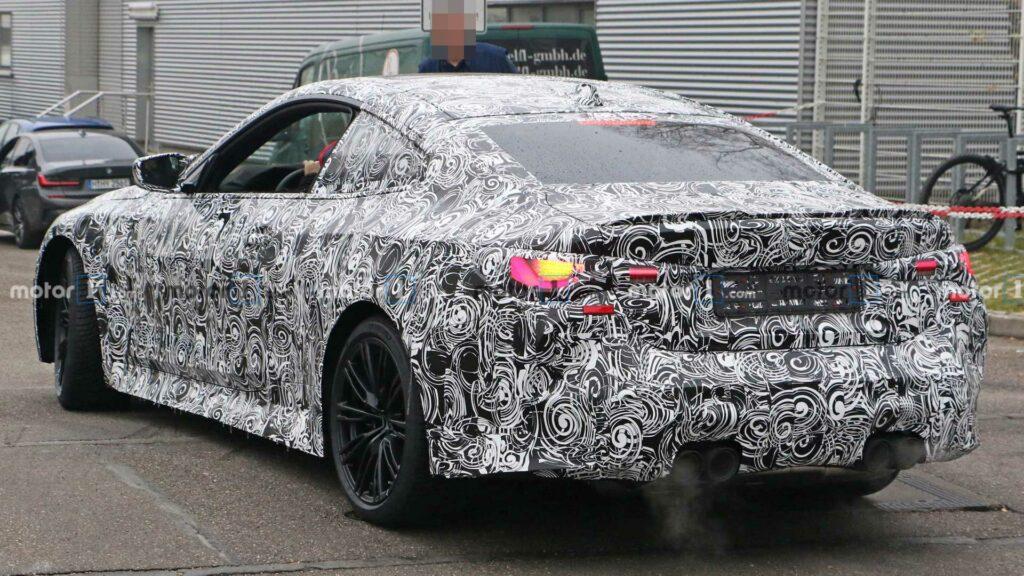 Шпионские снимки прототипа BMW M4 появились в Сети