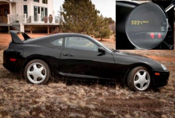 Старую Toyota Supra продали в два раза дороже новой