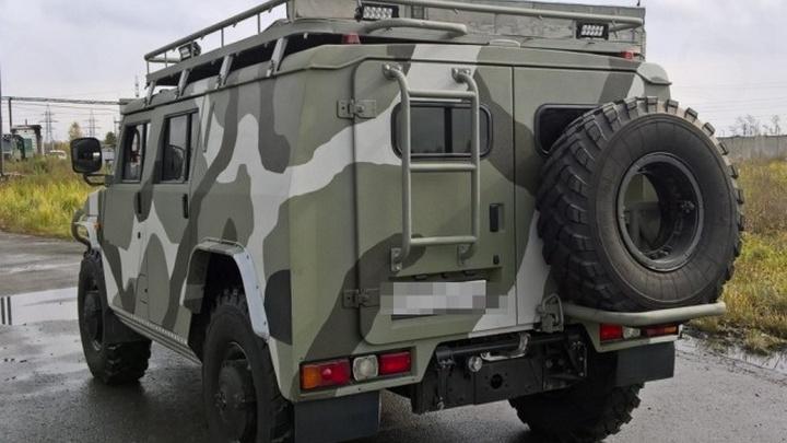 Барнаулец продает уникальный ГАЗ «Тигр» с кожаным салоном и телевизором