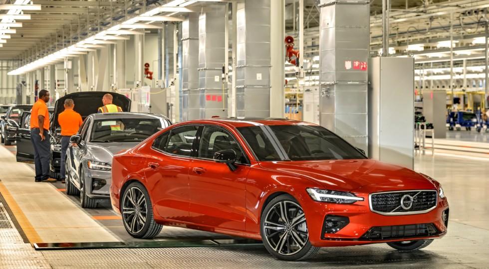 Первый завод Volvo в США начал поставки Volvo S60 для рынка Европы