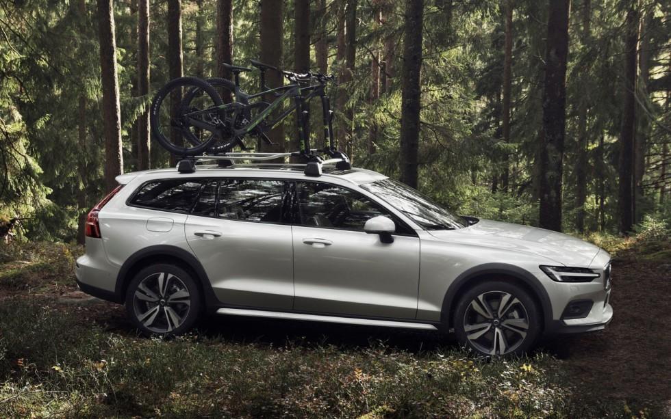 Volvo представила кросс-универсал Volvo V60 Cross Country