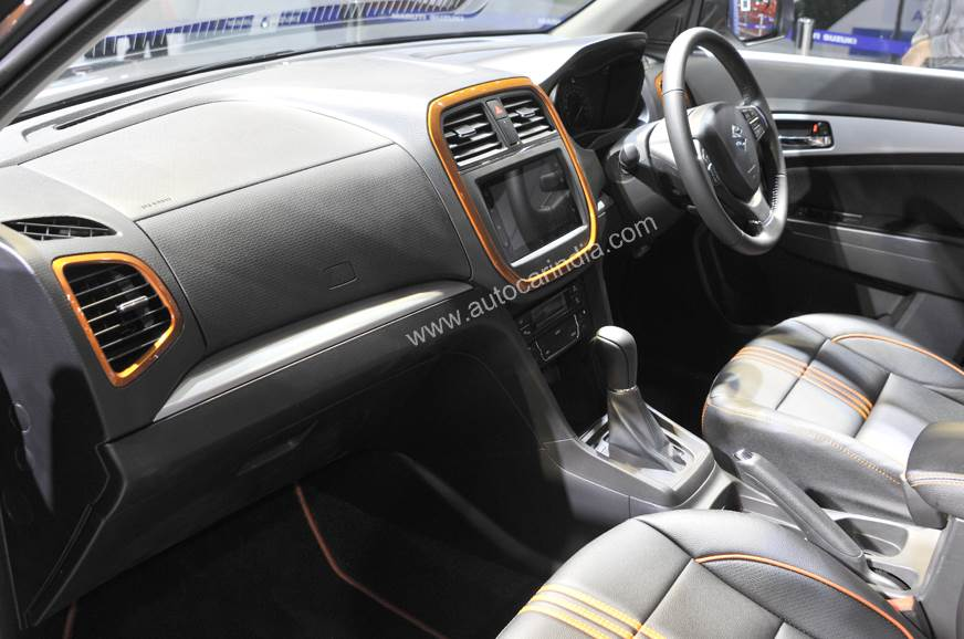Начались продажи обновленного кроссовера Suzuki Vitara Brezza