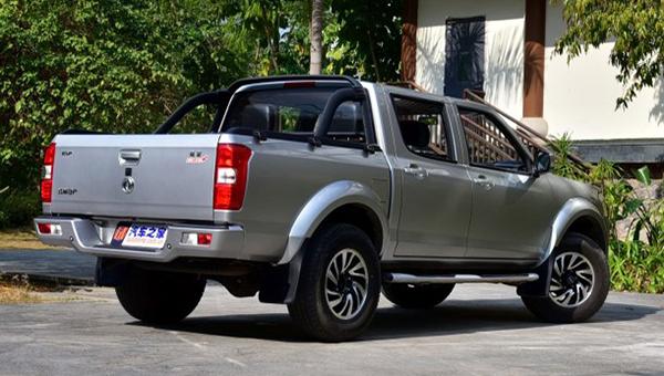 На рынок вышел обновлённый пикап Dongfeng Rich на базе Nissan Navara