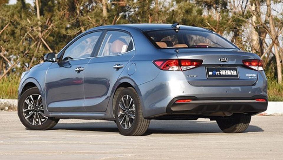 Бюджетную версию получил новейший седан Kia Forte