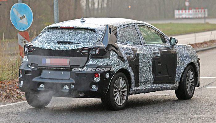 Появились первые изображения кроссовера на базе Ford Fiesta