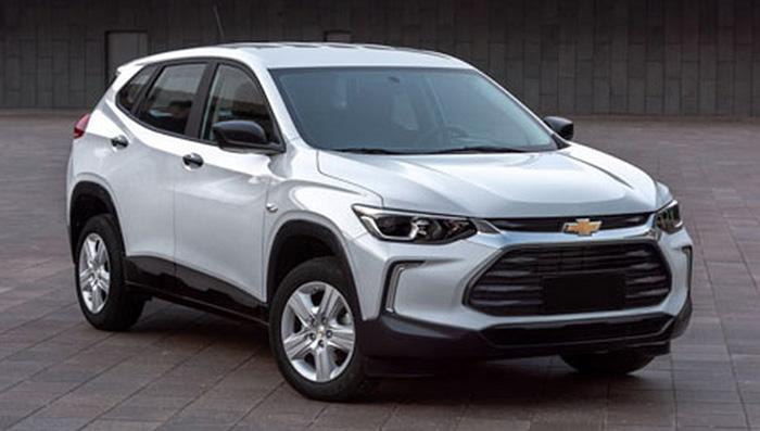 Шпионские фото рассекретили салон нового Chevrolet Tracker