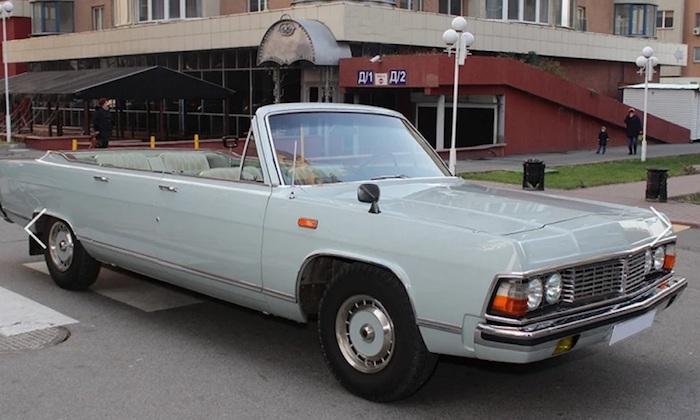 Редкий ретро-кабриолет продают в Алма-Ате за 500 тысяч долларов