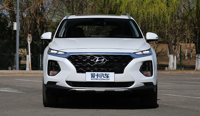 Удлиненный Hyundai Santa Fe 2019 демонстрирует рекордные продажи
