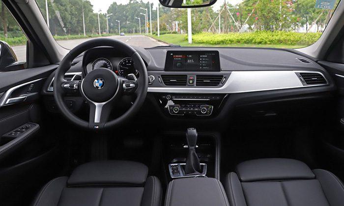BMW обновила седан BMW 1-Series для китайского рынка