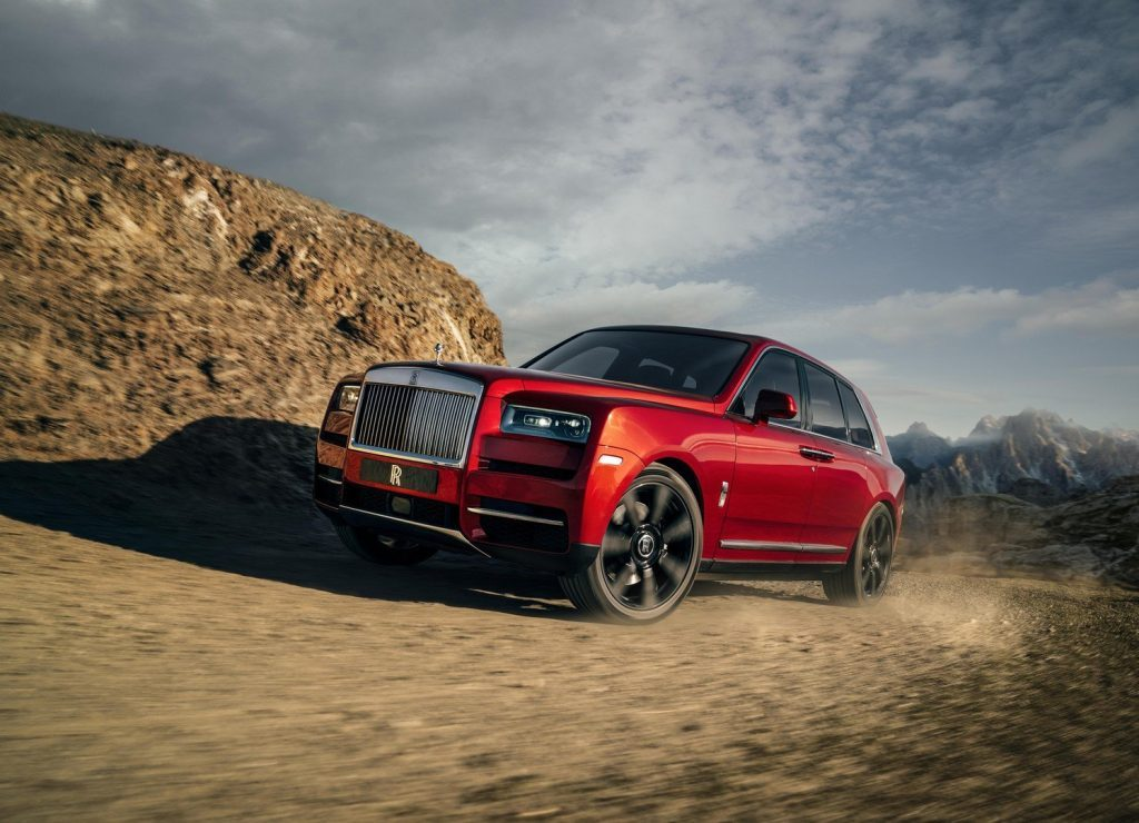 Rolls-Royce может сделать гибридную версию кроссовера Cullinan