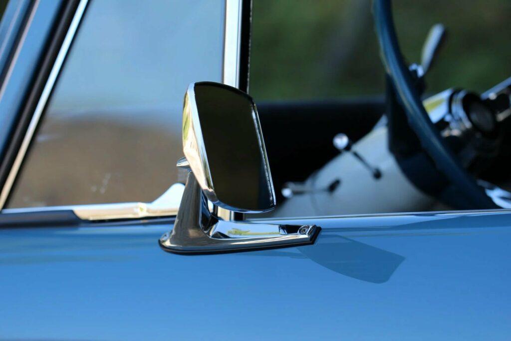 ICON представила классический Ford Bronco с мотором от Mustang