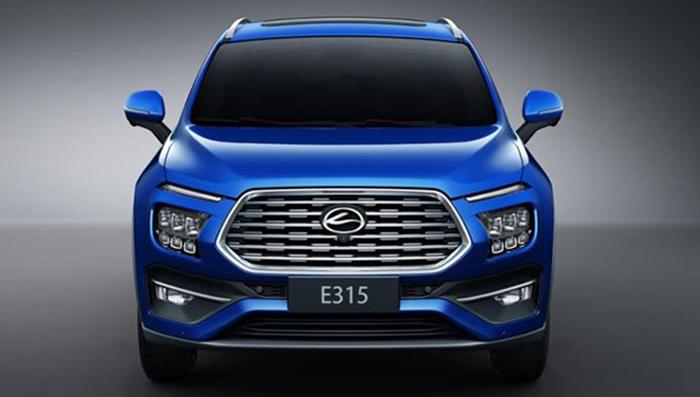 Бюджетная версия Hyundai Santa Fe оказалась в 3 раза дешевле оригинала
