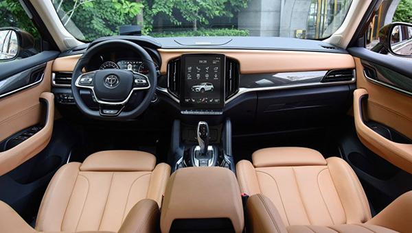 Brilliance V7 с двигателем BMW стал самой дорогой моделью марки
