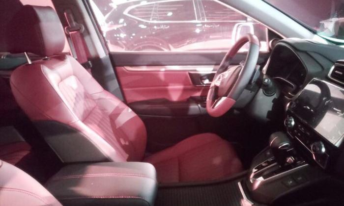 В Сети показали фотографии интерьера нового Honda Breeze