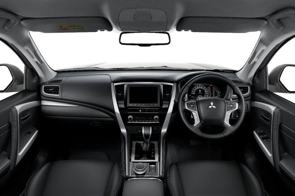 Mitsubishi представил обновленный Pajero Sport